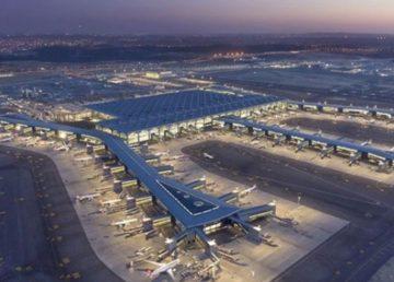 Bu yılın 11 aylık döneminde 321 bin 642 geliş-gidiş seferinin düzenlendiği İstanbul'daki havalimanlarından toplam 37 milyon 514 bin 850 yolcu taşındı.
