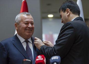 MHP'den ihraç edilen Ordu Milletvekili Cemal Enginyurt, Demokrat Parti'ye (DP) katıldı.