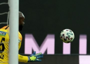 Süper Lig'de 13. hafta maçları sonunda Aytemiz Alanyaspor liderliğini sürdürdü.